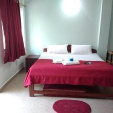 Lacayden Guest House in Shiroda