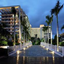 LaCosta Seaside Resort Hotel Sanya in Sanya