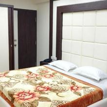 Lake Habitat Serviced Apartments in Bengaluru