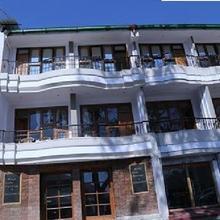 Lake Heritage Hotel in Kathgodam