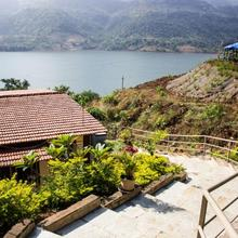 Lake View Cottage, Lavasa in Dasave