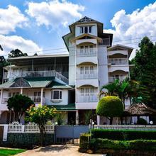 Lakezone Holiday Resort in Munnar