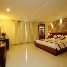 Lan Lan Hotel 2 in Ho Chi Minh City