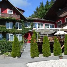 Landidyll-Hotel Nudelbacher in Topriach