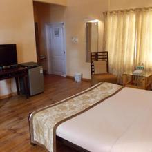 Landmark Hotels,haflong in Bagetar