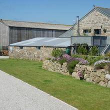 Lands End Hostel And B&b in Penzance