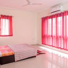 Lavasa Lake View Apartment in Dasave