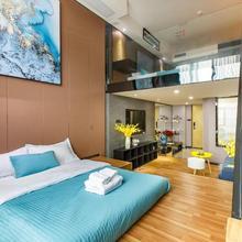Lavendar Duplex Apartment in Guangzhou