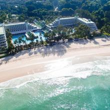 Le Meridien Phuket Beach Resort in Karon Beach