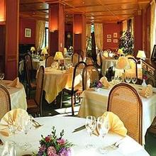 Le Touring Hotel Spa Le Clos Des Sources in Hunawihr