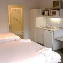 Leisure Inns Waterfront Lodge in Hobart