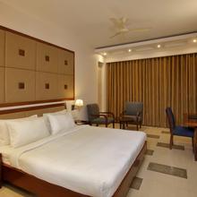 Lemon Tree Hotel Baddi in Baddi