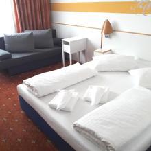 Lenas West Hotel in Vienna