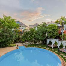 Les Bambous Luxury Hotel in Siemreab
