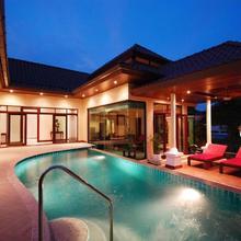 Les Palmares Villas in Phuket