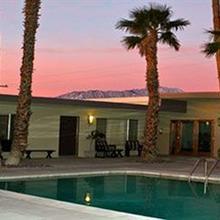 Lido Palms Resort & Spa in Palm Springs