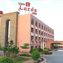 Lion Lords Inn in Rajula
