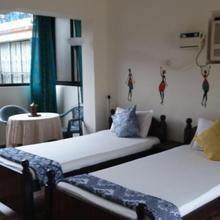 Lio's Apartment, Colonia Jose Menino in Goa