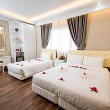 Little Hanoi Deluxe Hotel in Hanoi