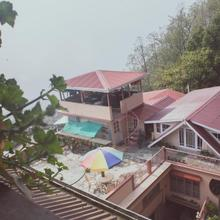Little Singamari Home Stay in Sombaria