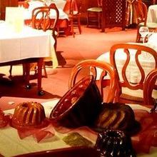 Logis Hotel Aux Comtes De Hanau in Weinbourg
