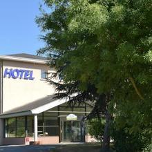 Logis Hôtel Clos De L'orgerie in Chambellay