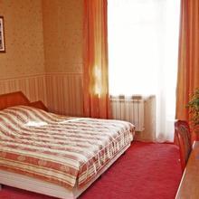 Lomonosov Hotel in Yasenevo