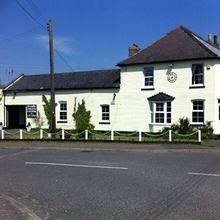 Long Melford Inn in Clare