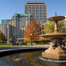 Lord Elgin Hotel in Ottawa