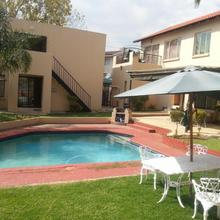 Louhallas Accommodation in Boksburg
