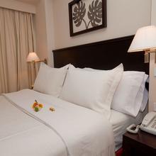Lugano Suites Hotel in Chillogallo