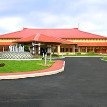 Lulu Garden Hotels in Trichur