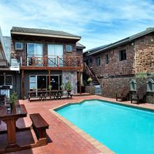 Lungile Backpackers Lodge in Port Elizabeth