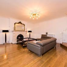 Luxurious 3 Bed Apartment Ballsbridge Area in Dublin
