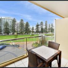 Luxury Beachside Accomodation in Adelaide