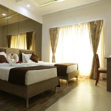 Luxury Hotel Tambaram in Pedappai