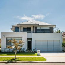 Luxury House Como in Perth