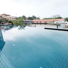 Luxury On Melaka River in Melaka