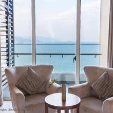 Luxury Seaview Jenna Apartment in Nha Trang