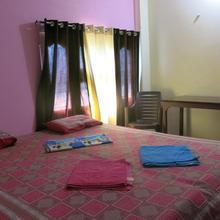 Ma Vishalakshi Paying Guest House in Varanasi