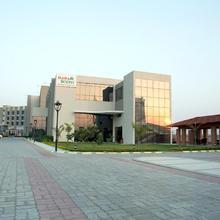 Maha Bodhi Hotel.resort.convention Centre in Gaya
