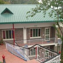 Mahal Farms Country Home in Kasauli