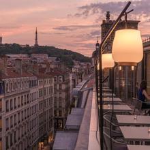 Maison Nô - Hôtel Et Rooftop in Lyon