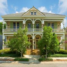 Maison Perrier Bed & Breakfast in New Orleans