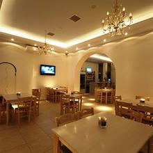 Maki's Place in Mykonos