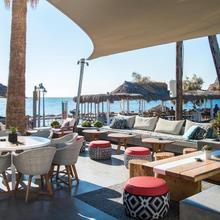 Makris Beach Hotel in Thira