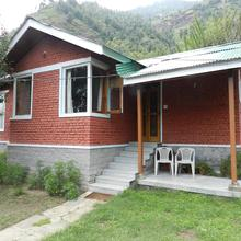 Manali Treehouse Cottages in Manali