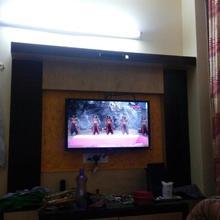 Manas Lodge in Basugaon