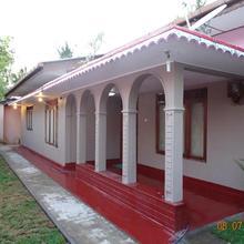 Manikkam Villa in Trincomalee