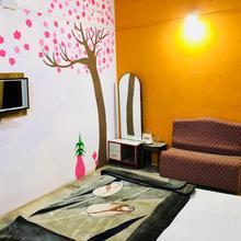 Manjushree Hotel in Pachmarhi
